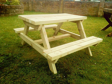 Kids childs picnic bench