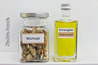 13Walnuss_Schauglas.jpg