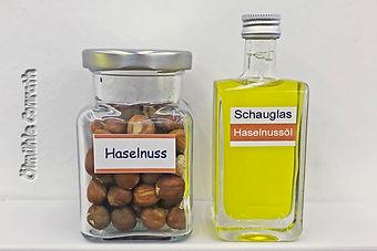 3Haselnuss_Schauglas.jpg