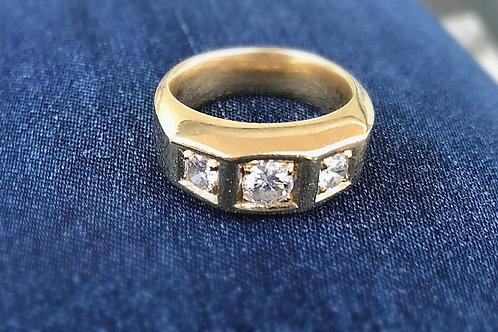 Herrenring 750er Gold mit lupenreinen Diamanten