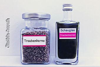 12Traube_Schauglas.jpg
