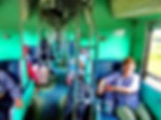 Спальный вагон 2-го класса в поезде в Таиланде.Сердце Азии huatiaiasia.