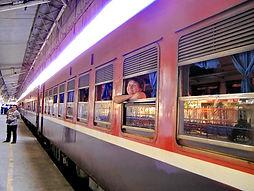 Поезд Янгон-Мандалай, Мьянма huatiaiasia.