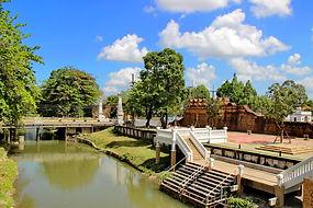 Накхон Си Тхаммарат. Городской ров