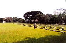Мемориальное кладбище в Канчанобури