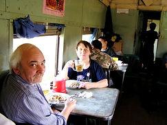 Поезд Янгон-Мандалай, Мьянма. Вагон-ресторан.huatiaiasia.
