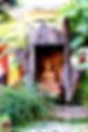 Ват Ванг Таван Ток. Будда в дупле дерева.