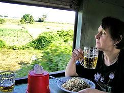 Поезд Янгон-Мандалай, Мьянма. Вагон-ресторан. Сердце Азии huatiaiasia.