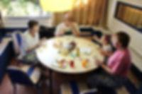 Опыт путешествия с ребенком 6 лет в Таиланд, Бангкок. Завтрак в Sri Krung Hotel