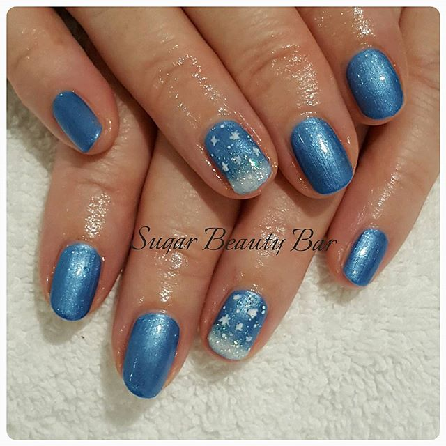 Winter wonderland nail art on natural nails on Shellac Waterpark