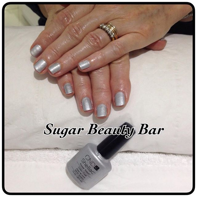 Shellac in Silver Crome #sugarbeautybar #shellac #chrome