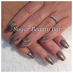 Beautiful CND Shellac using pigments and glitter in bronze