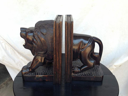 Lion Book Ends
