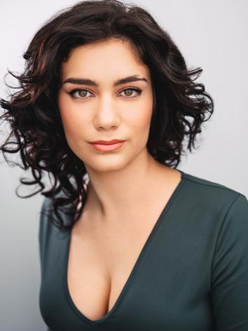 Chloe Castro-Santos Headshot