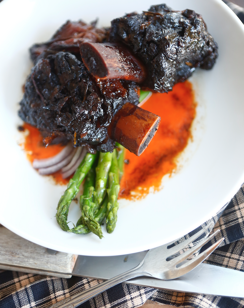 Short rib with romesco and asparagus