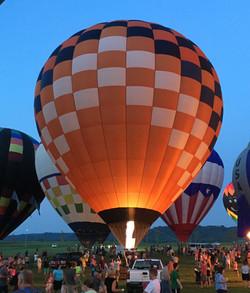 Balloon tether