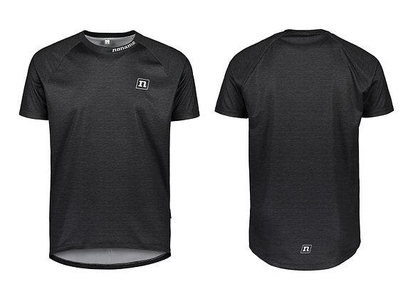 Noname T-shirt svart