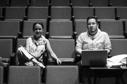 "Teatro Espressivo, durante el montaje de la obra ""Pantalones Cortos"""