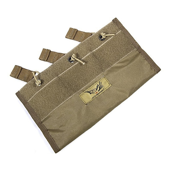 FLYYE LT6094 BUILT IN MAGAZINE POUCH COYOTE