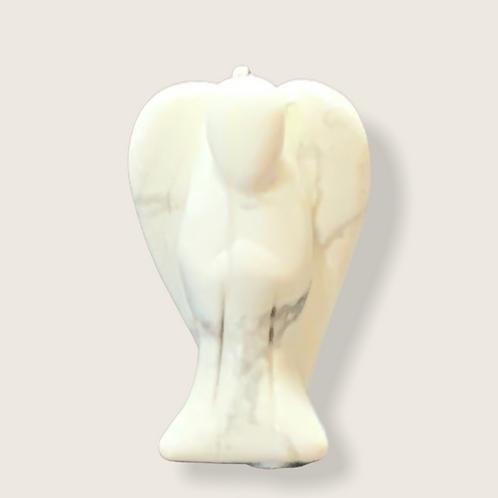 Howlite Angel - 2.5cm