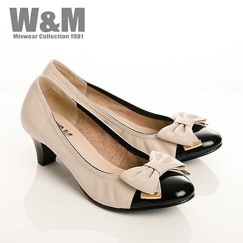 W&M 真皮氣質蝴蝶結漆皮包頭女高跟鞋-米(另有淺咖)
