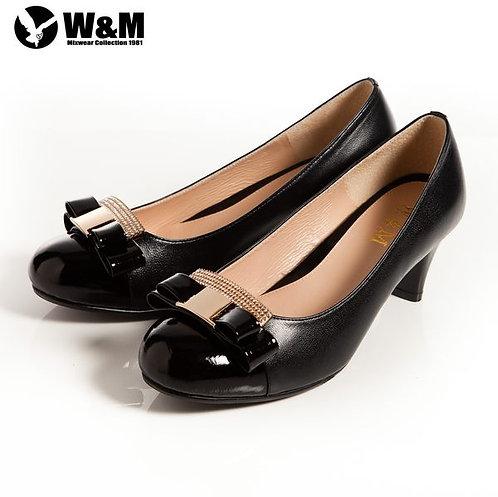 米蘭皮鞋 2014 W&M 迷人亮眼亮鑽金屬蝴蝶結舒適透氣軟墊中跟淑女鞋 黑(另有卡其)