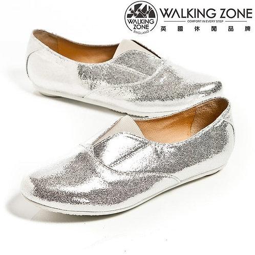 WALKING ZONE英倫風愛心鞋底 亮皮便鞋-銀(另有黑)