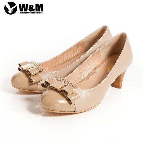 米蘭皮鞋 2014 W&M 迷人亮眼亮鑽金屬蝴蝶結舒適透氣軟墊中跟淑女鞋 卡其(另有黑)