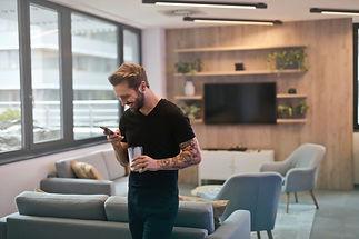 beard-cellular-telephone-chairs-942424.j