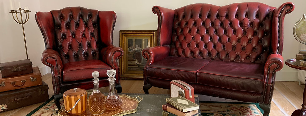 Queen Anne Lounge Collection