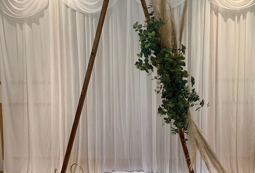 Triangle Arch - Single Greenery Garland