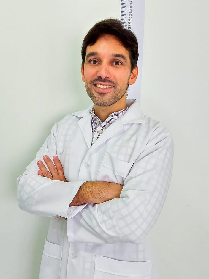 Dr. Luciano Arraes