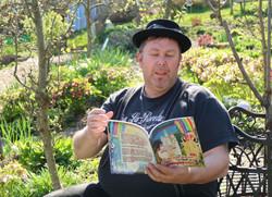 Lotterbube liest Paradiegarten Maag