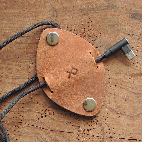 Organizador de cabos em couro Tabaco