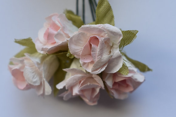 Roses plissées 1,5 cm (x5)