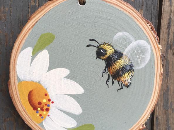 Bee Decoration