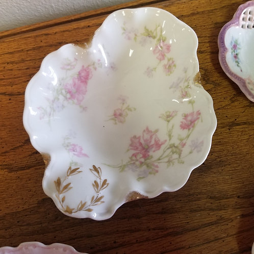 Plate: Porcelain, Haviland France, Limoges Relish Dish