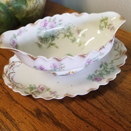Gravy Boat: Porcelain, Haviland France, Limoges Dish
