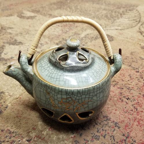 Somayaki Japan Green Crackle Teapot Hearts  Wild Horse