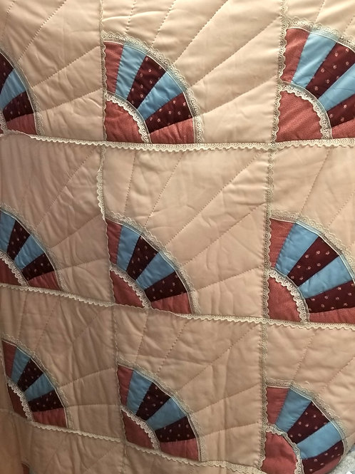 "Quilt: Vintage Hand Stitched ""Fan"" Pattern Queen Size Quilt"