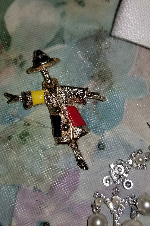 """Pin: Vintage Jewelry 2"""" Sarah Coventry Scarecrow Brooch Fall Autumn"""