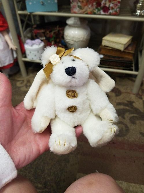 Ornament: Cassie Goodnight 1998 Angel Bear Boyds Bear