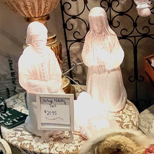 """Nativity: Vintage Blow Mold 17.5""""  3 Piece Light Up Plastic Nativity Set"""