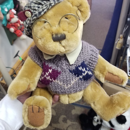 """Vintage """"Sherwood"""" from the Pickford Bears Family"""