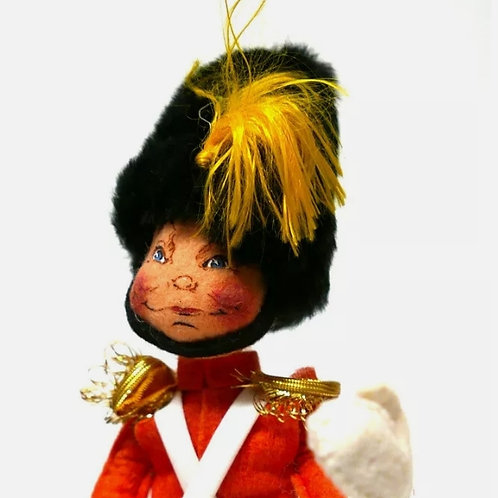 "Vintage Annalee Mobilitee Toy Doll 18"" Queens Guard Marching Soldier #7562"