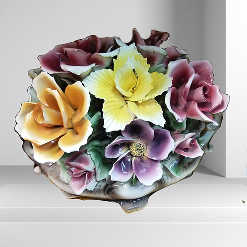 Porcelain Italian Compodimonte Flower Arrangement Centerpiece