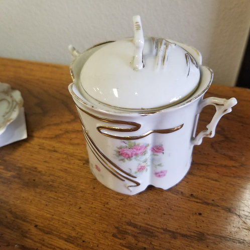Entertaining Servingware: Jelly Dish and Lid, Porcelain with Delicate Handles