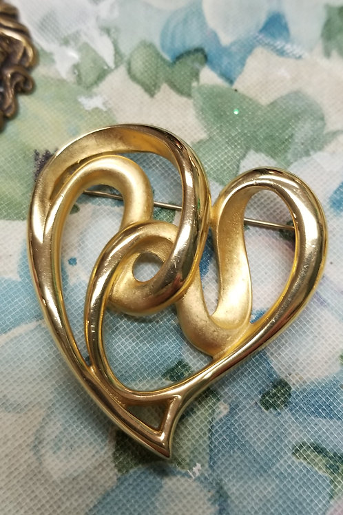 Pin: Vintage E. Pearl Gold-tone Freeform Heart Brooch3