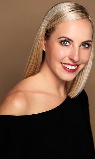 Shannon Perez Headshot 2020.jpg