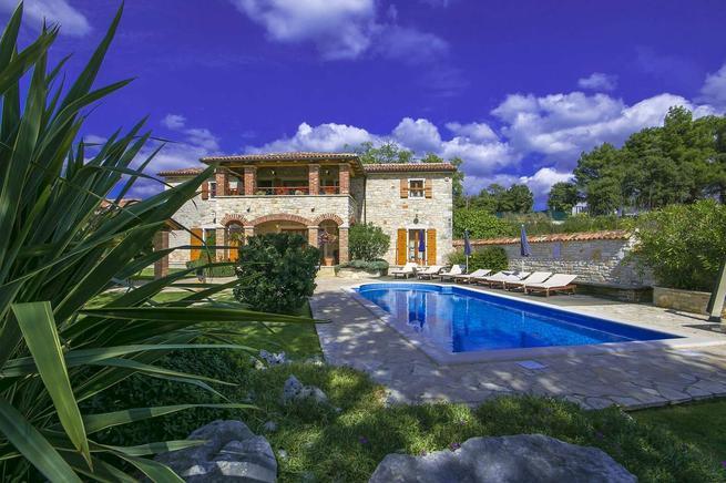 Wunderschöne Steinhausvilla mit Pool in Istrien kaufen